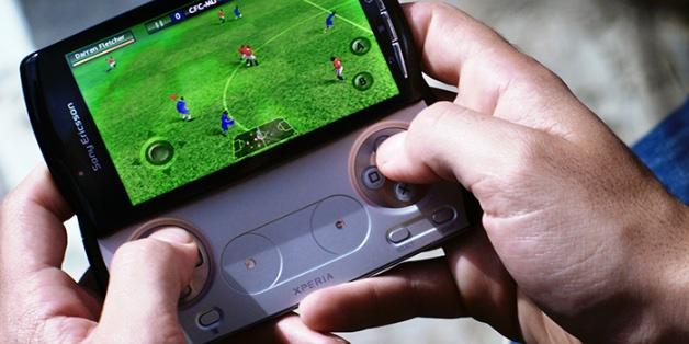 Giữa trào lưu smartphone chơi game: Liệu Sony có hồi sinh Xperia Play?