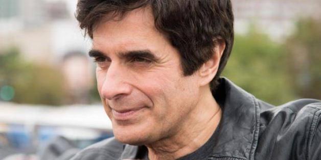 """Ảo thuật gia David Copperfield bị kiện, buộc phải tiết lộ thủ thuật làm khán giả """"biến mất"""""""