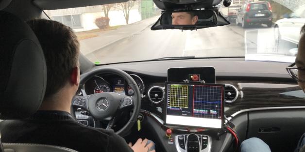 Cuộc sống của những tài xế sau vô lăng xe tự hành