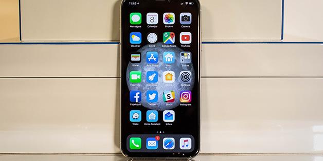 Warren Buffet: dự đoán doanh số iPhone X hàng quý là một hành động sai lầm