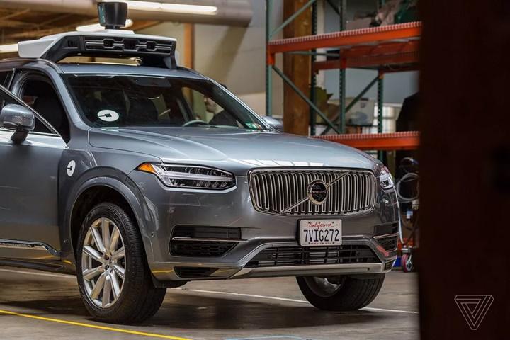 Uber cho biết chiếc xe tự lái của mình gây chết người vì nó quyết định không né chướng ngại vật