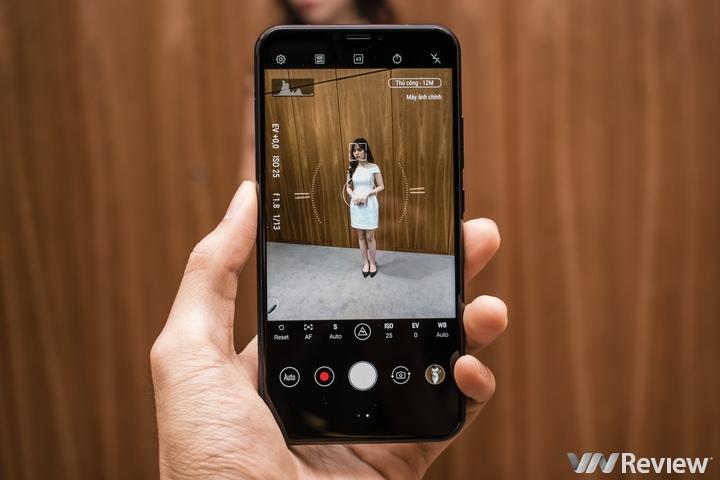 ASUS ZenFone 5 chính thức ra mắt tại Việt Nam: Màn hình tai thỏ, camera kép AI, giá 8 triệu đồng