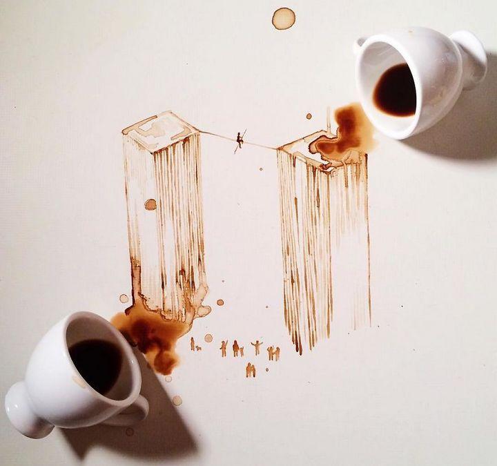 Độc đáo với bộ tranh vẽ được thực hiện bằng cách... làm đổ cà phê