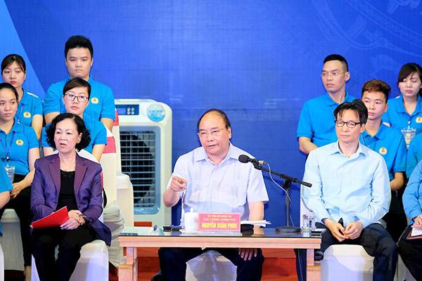 Công nhân hỏi Thủ tướng về việc làm, thu nhập của mình trong Cách mạng 4.0