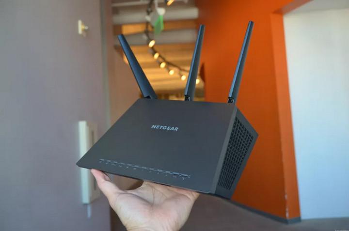 FBI: Hãy khởi động lại router ngay để phá hủy mạng botnet!