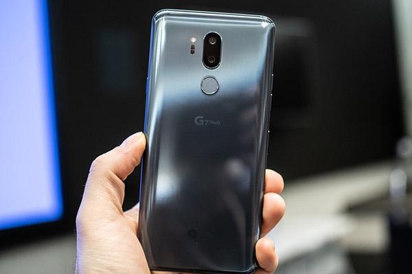 """5 chiếc điện thoại Android có tên gọi """"hack não"""" nhất trong thập kỷ qua"""