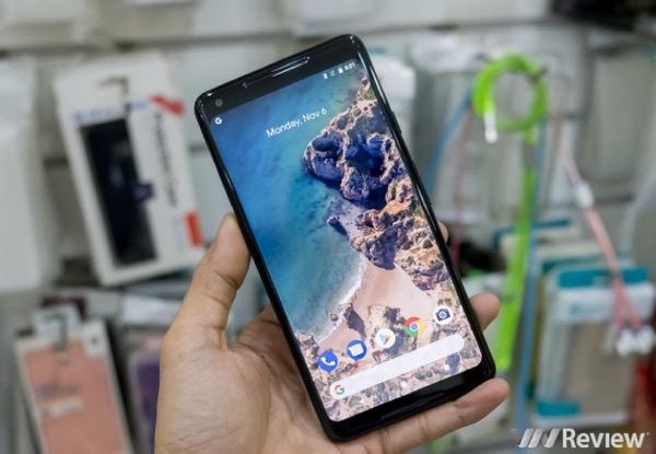 """Pixel 3 và Pixel 3 XL sẽ do Foxconn sản xuất, màn hình LG và có """"tai thỏ""""?"""