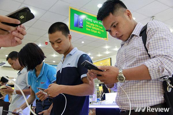 Doanh số smartphone tiếp tục giảm, chỉ tăng nhiệt từ năm tới
