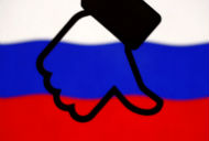 Nga bất ngờ muốn mời CEO Facebook đến điều trần