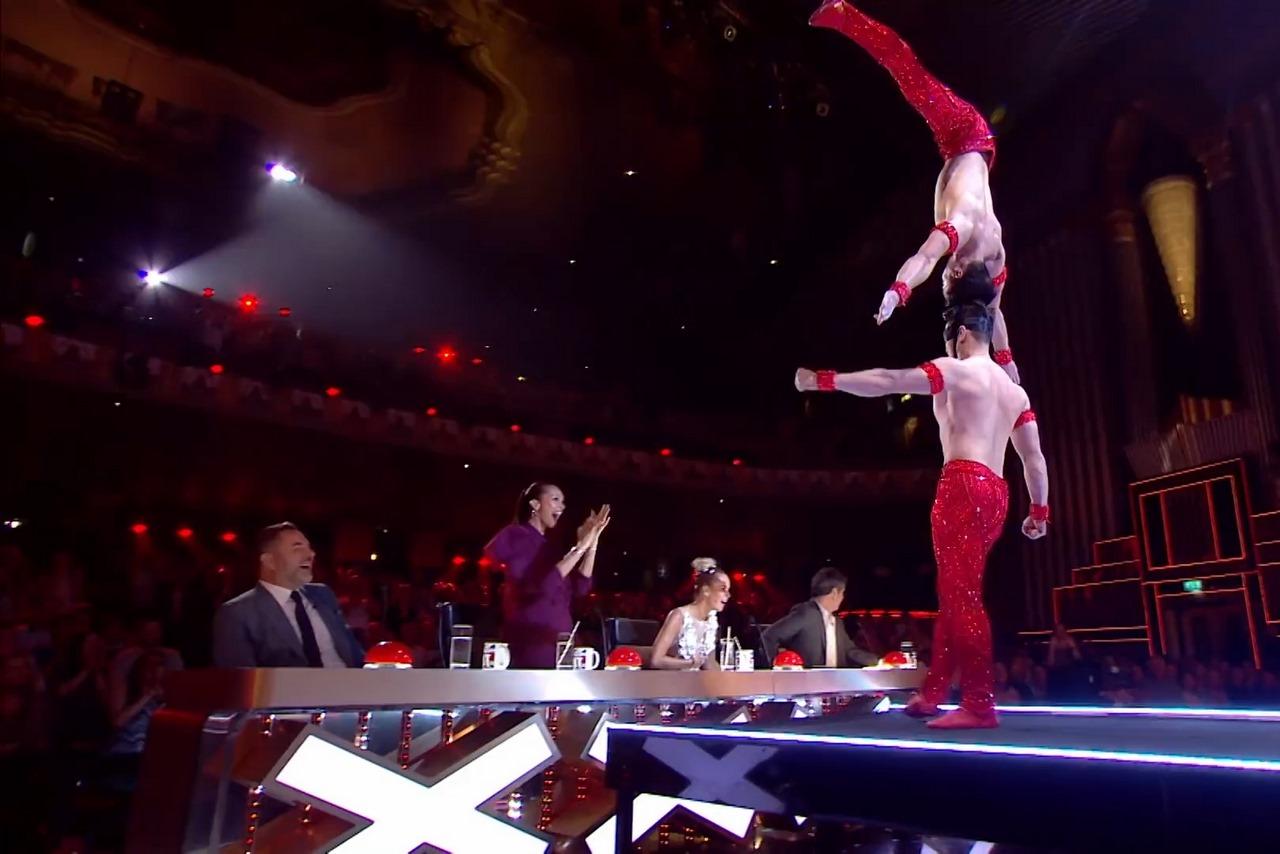Anh em Quốc Cơ, Quốc Nghiệp suýt ngã nhưng vẫn vào chung kết Britain's Got Talent 2018