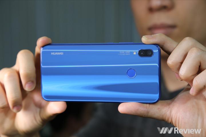 Huawei tuyên bố không dùng dữ liệu Facebook