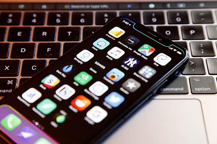 iOS 12 vô tình tiết lộ kích cỡ của chiếc iPhone X Plus sắp ra mắt