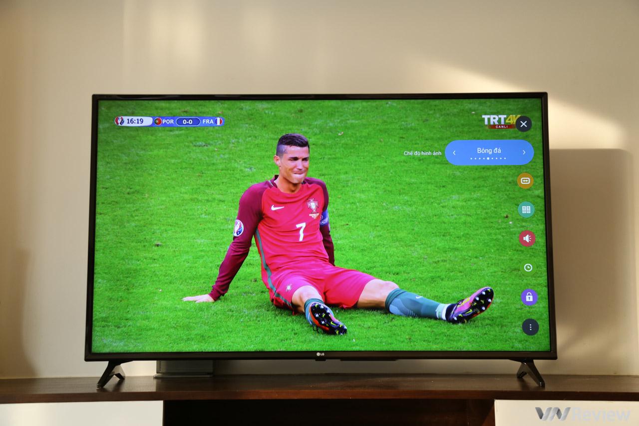 Trên tay TV 4K HDR chuyên dụng cho bóng đá: LG 55UK6100PTA Football Edition 1815199
