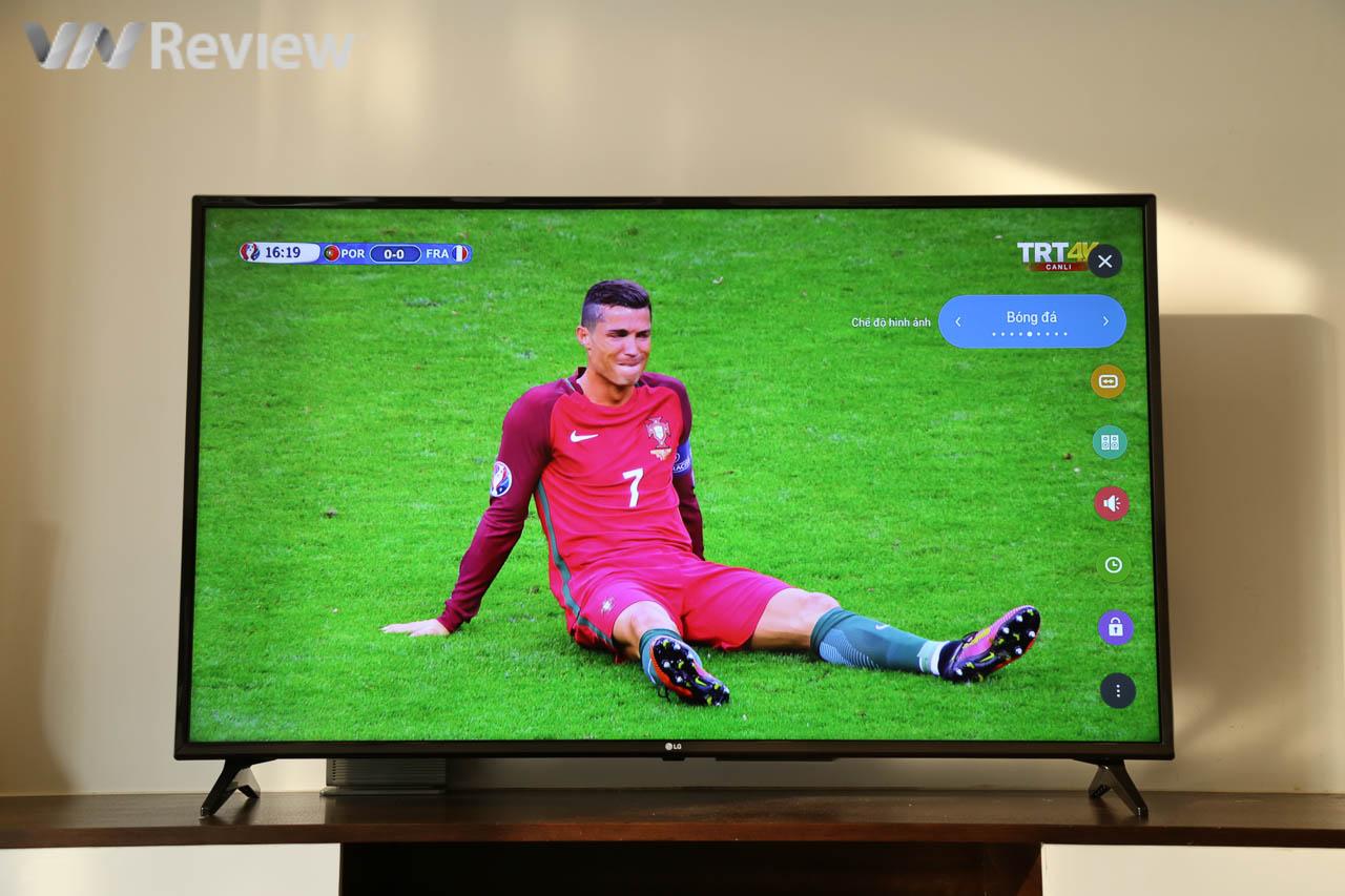 Trên tay TV 4K HDR chuyên dụng cho bóng đá: LG 55UK6100PTA Football Edition