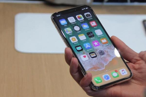 Rò rỉ toàn bộ thiết kế sơ bộ của iPhone mới