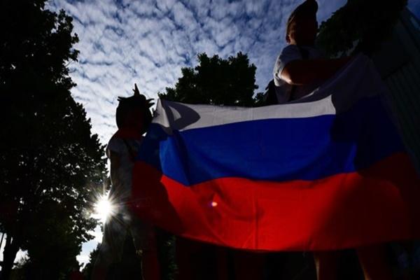 Quan chức Mỹ cảnh báo du khách không nên mang smartphone đến Nga xem World Cup