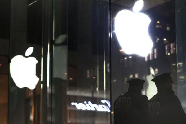 """Cảnh sát Mỹ """"không hài lòng"""" với tính năng bảo mật của Apple khiến GrayKey vô dụng"""