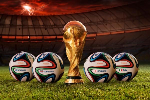 Xuất hiện dịch vụ làm việc hộ giúp fan hâm mộ thoải mái xem World Cup