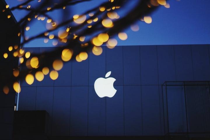 Apple thương thảo để phát hành phim hoạt hình, mở đường cho dịch vụ video trực tuyến trong tương lai