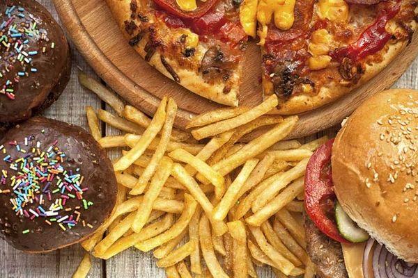 """Tại sao thức ăn giàu tinh bột và chất béo lại """"khó cưỡng"""" đến vậy?"""