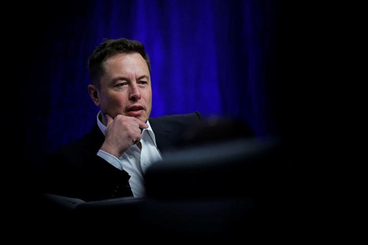 Hàng loạt nhân viên dù bị sa thải những vẫn yêu quý Elon Musk và Tesla