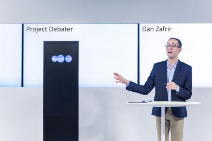 Chương trình AI tranh luận thắng con người, nhưng không hiểu chính mình nói gì