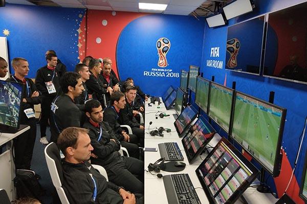 Công nghệ đã khiến World Cup trở nên thiếu tự nhiên như thế nào?