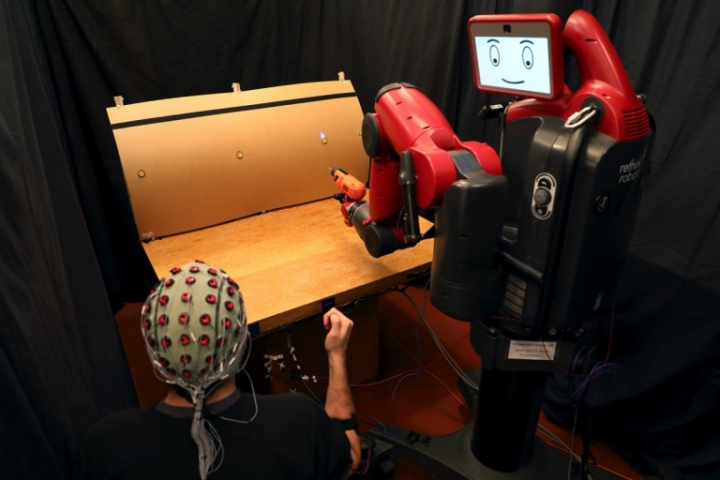 Robot có khả năng đọc được suy nghĩ sẽ xuất hiện sớm hơn bạn nghĩ
