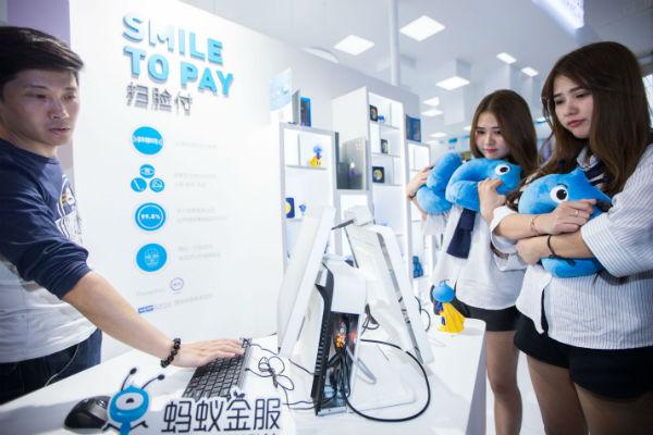 Trung Quốc có lợi thế như thế nào trong cuộc đua trí tuệ nhân tạo?