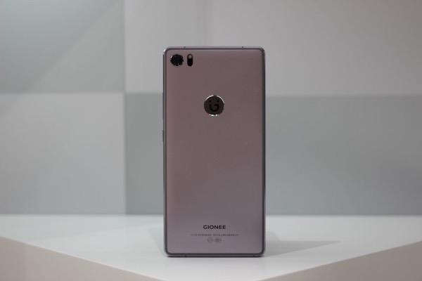 Bất ngờ chưa: 9/12 thương hiệu smartphone có sản lượng cao nhất thế giới năm 2017 đến từ Trung Quốc