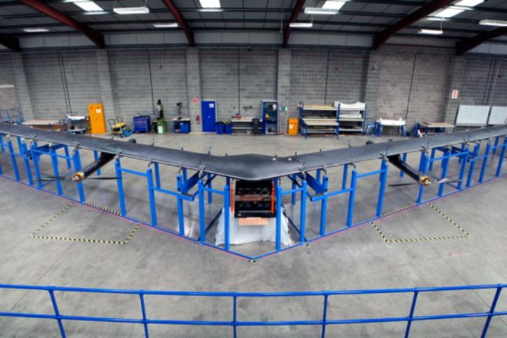 Facebook bất ngờ hủy tham vọng mang drone khổng lồ cung cấp internet miễn phí toàn cầu
