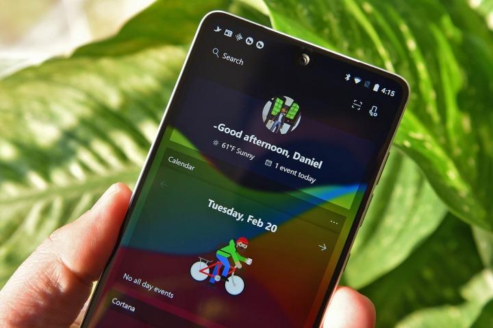 """Tại sao nói Android là """"trái tim"""" trong chiến lược phần mềm và dịch vụ của Microsoft?"""