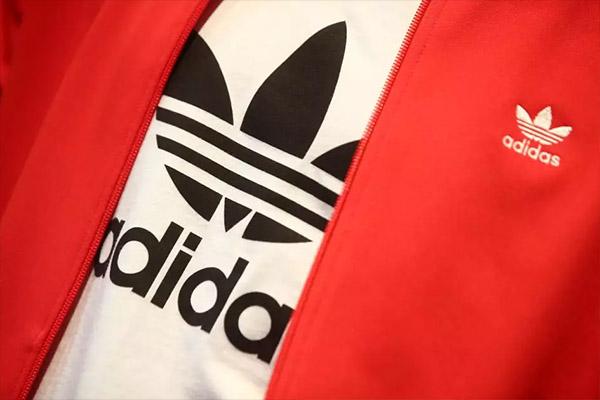 """Adidas bị hacker """"hỏi thăm"""", thông tin hàng triệu khách hàng Mỹ bị đánh cắp"""