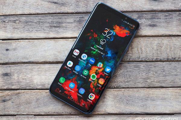 Galaxy S10 có phiên bản dùng cảm biến vân tay trong màn hình