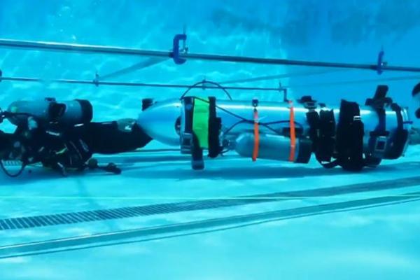 Tàu ngầm giải cứu đội bóng Thái Lan được Elon Musk cấp tốc chế trong 8 tiếng