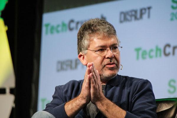 Apple thành lập đội ngũ trí tuệ nhân tạo và máy học, chiêu mộ cựu giám đốc AI của Google