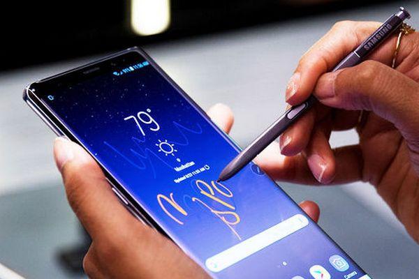 Ảnh render chính thức về Galaxy Note 9 gây thất vọng vì thiếu sự đột phá