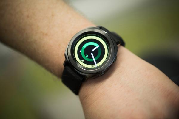 Samsung Galaxy Watch chính thức được xác nhận, sẽ tích hợp trợ lý ảo Bixby