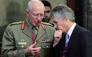 Bộ trưởng Úc off-line ở Trung Quốc để tránh bị theo dõi