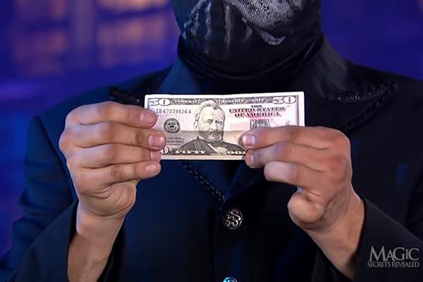 Làm sao để biến tờ 1 USD thành 50 USD?