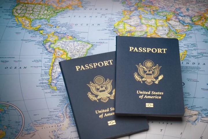 """Đâu là quốc gia được giới siêu giàu """"chọn mặt gửi vàng"""" cho cuốn hộ chiếu thứ hai?"""