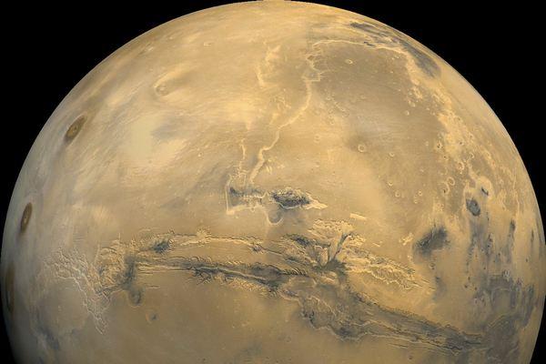 NASA: Diện mạo sao Hỏa bất ngờ biến đổi hoàn toàn sau cơn bão bụi
