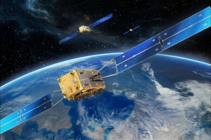 """Facebook xác nhận dự án """"bắn"""" Internet từ không gian xuống mặt đất bằng vệ tinh có tên Athena"""