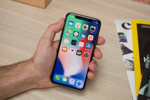 iPhone mới có thể dùng màn hình OLED Trung Quốc