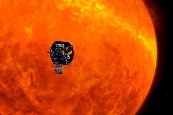 Nhờ đâu tàu NASA có thể tiếp cận Mặt Trời mà không bị tan chảy?