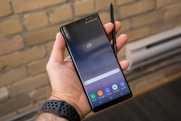 Xuất hiện hình ảnh thực tế và lộ diện 4 phiên bản màu sắc của Galaxy Note 9