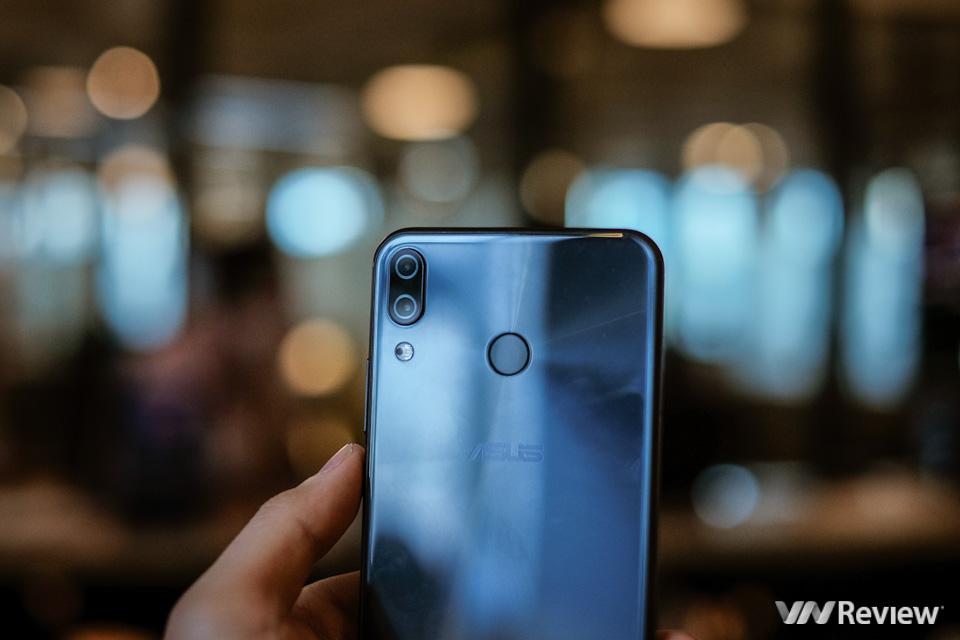Đánh giá Asus Zenfone 5 (2018): máy tốt, nhưng chưa đủ ấn tượng