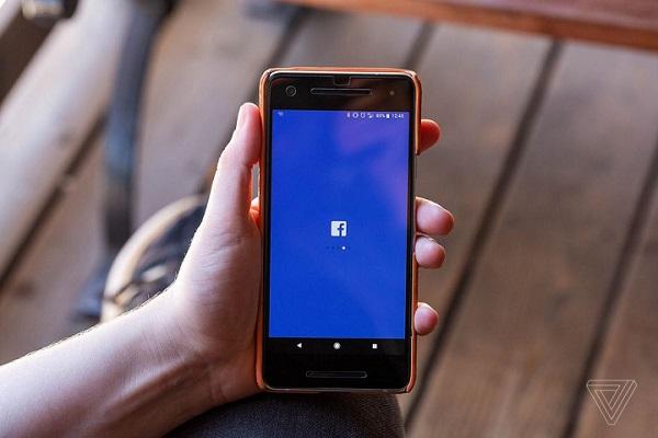 Facebook sẽ tự động tùy chỉnh thanh điều hướng trên ứng dụng theo thói quen của mỗi người dùng