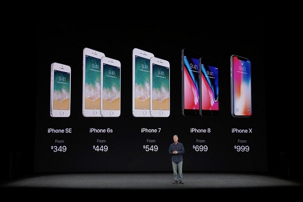 """Chiến lược """"smartphone nghìn đô"""" của Apple đã thành công"""