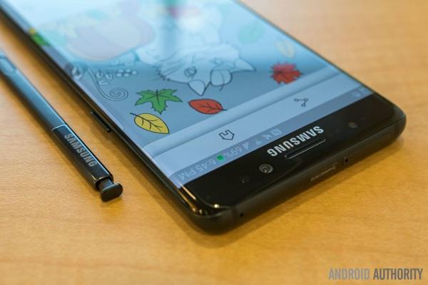 Teaser quảng bá mới của Samsung coi như không có sự tồn tại của Note 7
